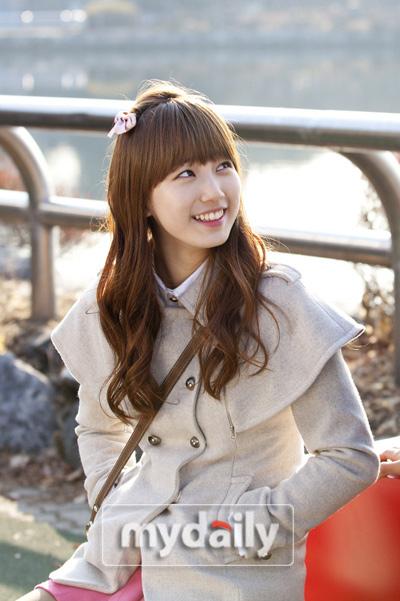 'Đột nhập' kho phụ kiện tóc dễ thương của Suzy (MissA)
