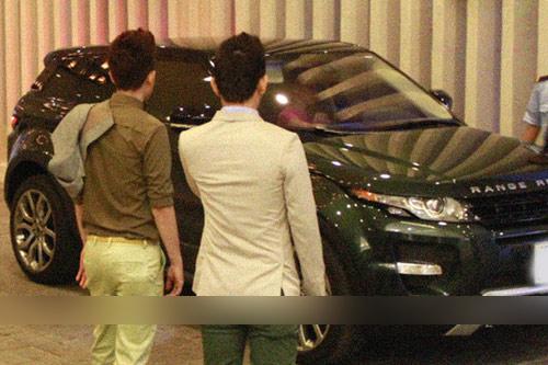 Hồ Ngọc Hà tậu siêu xe 3 tỷ của 'những tay đua mạo hiểm'