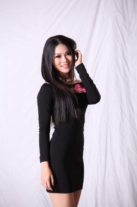 Lộ diện top 5 Miss Sport 2012 tuần 3 tháng 7