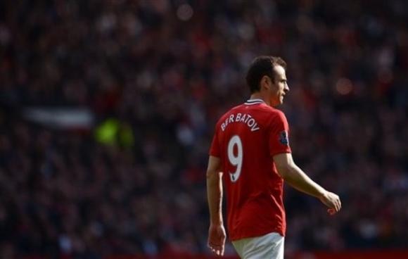 Man Utd: Lucas Moura chỉ là bình phong, RVP mới là thật