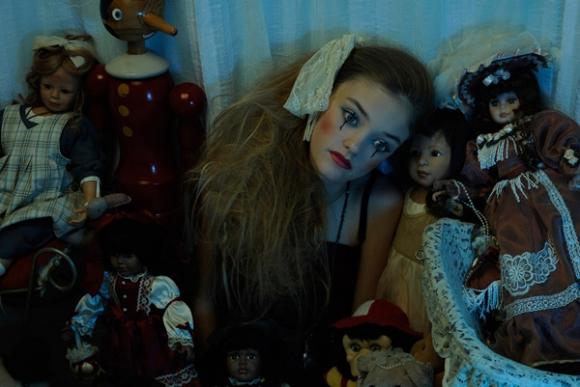 Mẫu teen Alexandra hóa nàng búp bê cá tính
