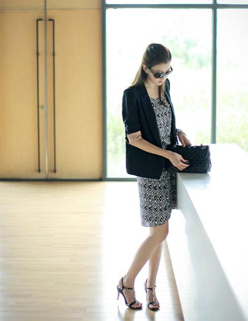 Áo khoác nhẹ đầu thu cho nàng công sở lãng mạn