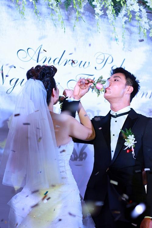 Lễ cưới Thúy Vinh: Tưng bừng khắp cả Sheraton Saigon!