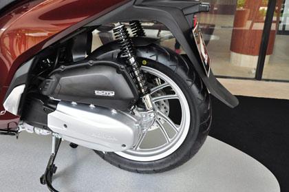 Honda SH mới, giá rẻ chất lượng có 'bèo'?