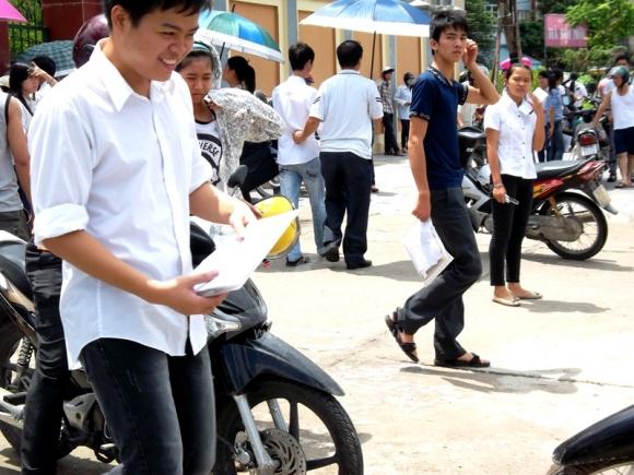 56 thí sinh bị kỷ luật trong buổi thi vật lý