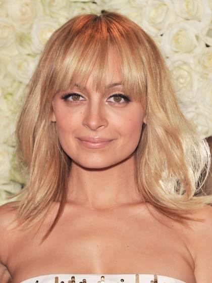 6 kiểu tóc quyến rũ dành cho khuôn mặt tròn