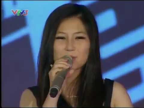 The Voice Việt Nam tập 1: Điểm sáng Phạm Hương Tràm
