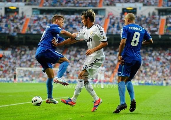 Bóng đá châu Âu khởi động: Nỗi buồn của nhà Vua!