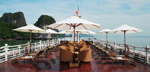 Lộ hình ảnh du thuyền Âu Cơ xa hoa của VNTM 2012