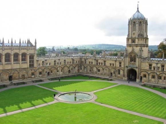 Thăm 'thành phố đại học' Oxford