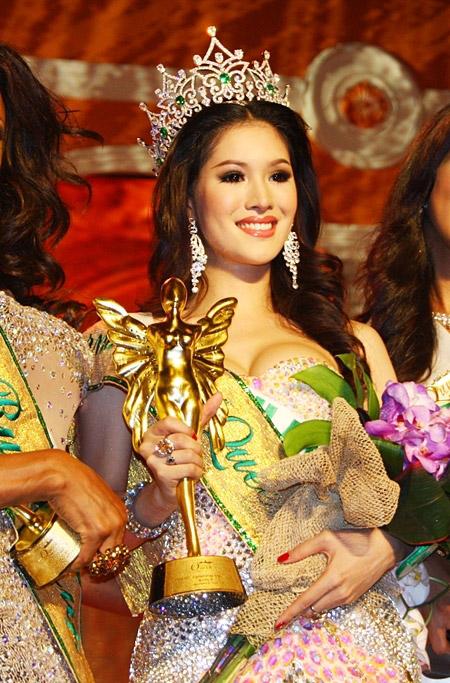 5 người đẹp chuyển giới hấp dẫn nhất châu Á