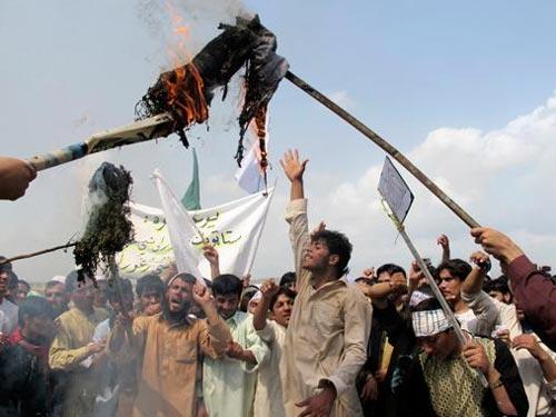 Sudan, Yemen không cho lính Mỹ 'cứu' sứ quán