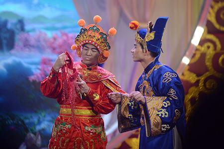 Táo Quân 2013 nhộn nhịp với phiên bản 'Hoang mang style'