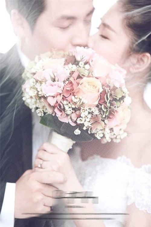 Đăng Khôi lộ ảnh cưới lãng mạn