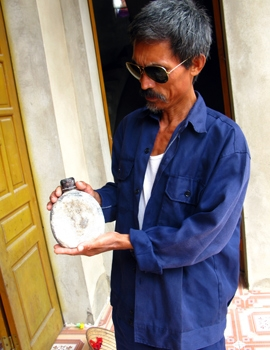 Vụ 'cậu Thủy' lừa đảo: Niềm tin lấn át sự hoài nghi