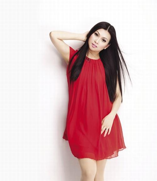 Hà Phương, vợ tỷ phú Chính Chu :'Lấy chồng như đánh giặc'