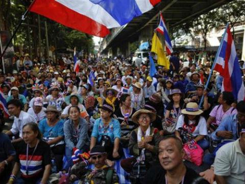 Tình hình Thái Lan: Tin ở hoa hồng