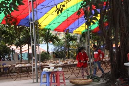Bữa tiệc 2.000 mâm rúng động đất Hải Dương