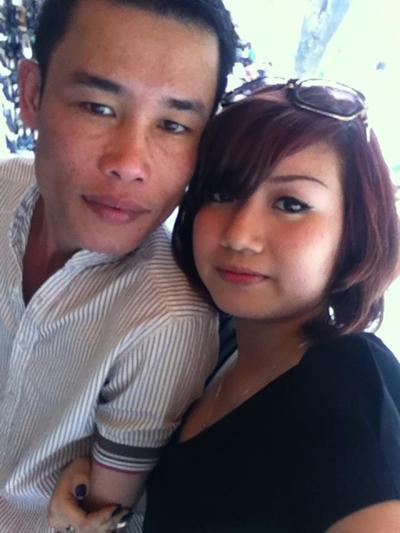 Con gái Hiệp 'Gà' thân thiết với bạn gái mới của bố