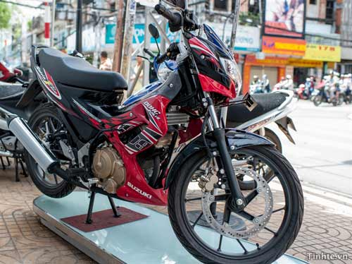 Xe côn tay Suzuki Satria F150 nhập khẩu giá 99 triệu đồng