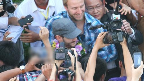 Những hình ảnh đầu tiên của Nick Vujicic tại Việt Nam