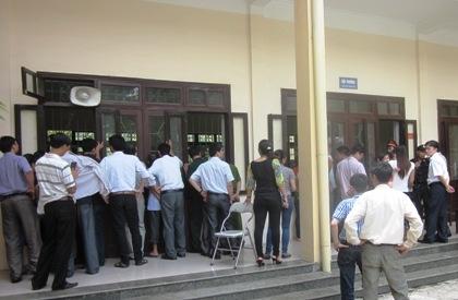 """Tuyên án """"cẩu tặc"""" nổ súng bắn chết cán bộ văn phòng tỉnh Bắc Ninh"""