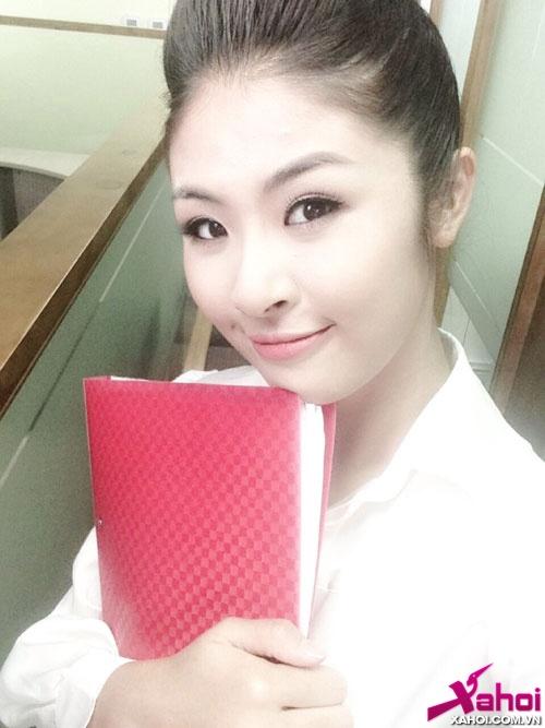 Bắt gặp Hoa hậu Ngọc Hân 'tình tứ' với diễn viên Minh Luân