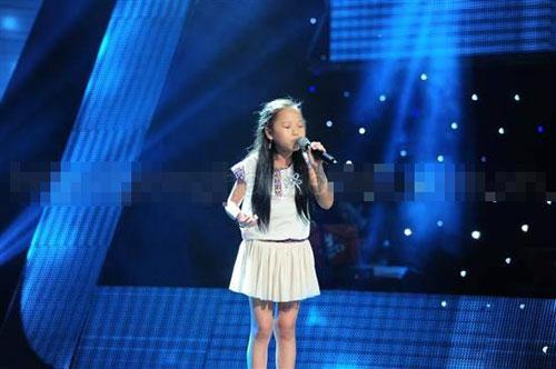 The Voice nhí tập 3 vòng Giấu mặt: Con gái diễn viên Chiều Xuân gây 'sốt'