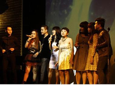 Hồng Nhung hát cùng thí sinh The Voice nhân ngày của cha