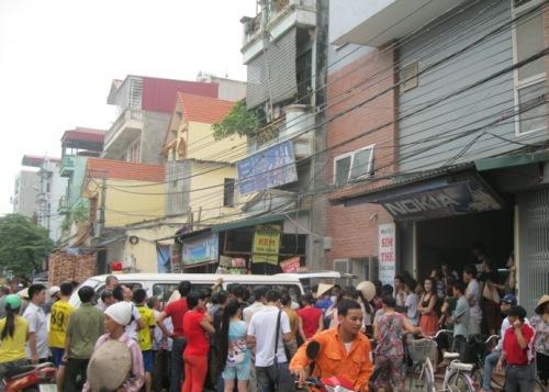 Hà Nội: Cựu sinh viên ĐH kiến trúc treo cổ tự tử