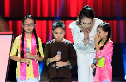 The voice kids: Liên khúc dân ca ba miền làm tan chảy trái tim khán giả