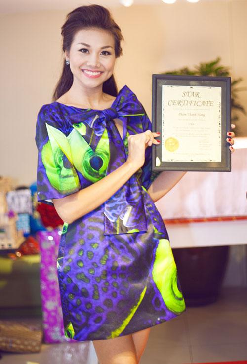 Sinh nhật 'khủng' tuổi 30 của siêu mẫu Thanh Hằng
