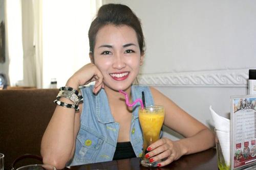 DJ Trang Moon tiết lộ về bảng giá đi khách của hot girl, DJ