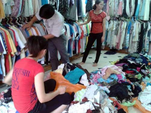 Quần áo xuất xứ Trung Quốc gây mẩn ngứa