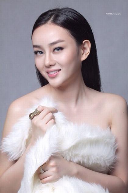 Hotgirl Angela Minh Châu với hành trình lột xác