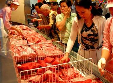 Giá thịt lợn, thịt bò Việt Nam đắt nhất thế giới