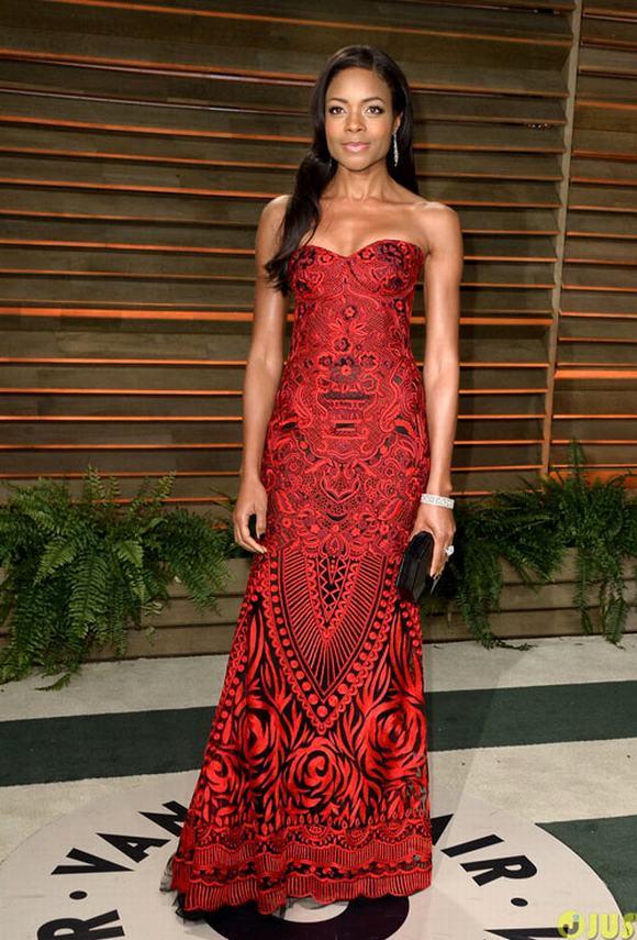 10 bộ váy dạ hội đẹp nhất trong tiệc hậu trao giải Oscar
