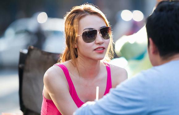 Bán kết 'Bước nhảy hoàn vũ 2014': Ngân Khánh loay hoay giữ áo