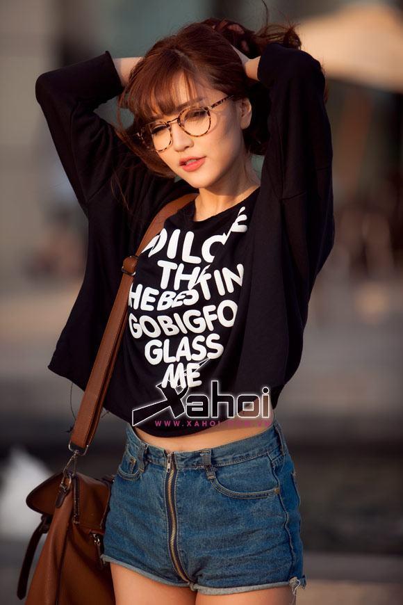 Gu thời trang 'lột xác' của Bích Phương Idol