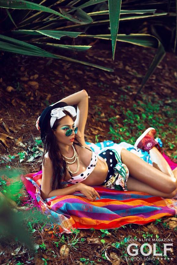 minh-trieu-bikini-chao-he-3