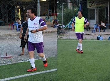Chủ tịch Trần Nhượng lần đầu vào sân đá bóng cùng CLB bóng đá Ngôi sao Việt Nam