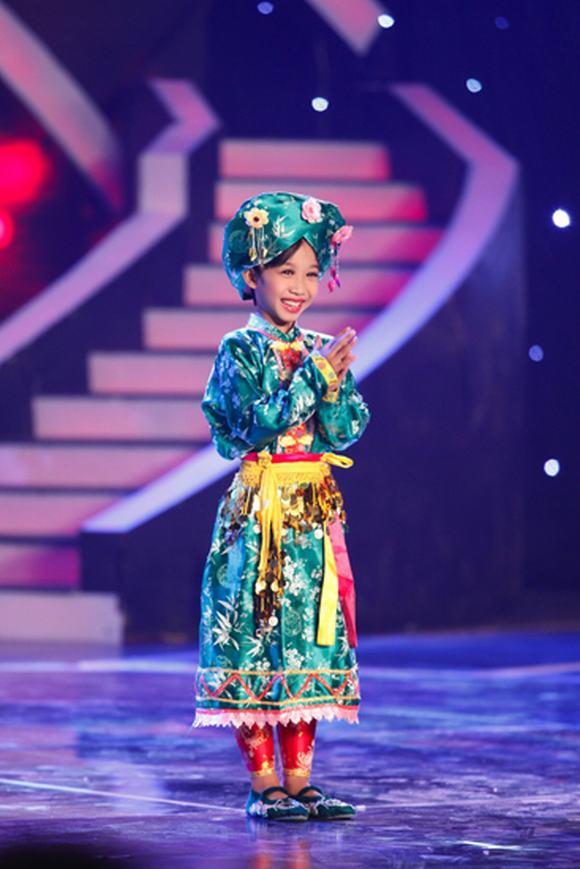 co be thi mau, hoai linh, nguyen duc vinh, co doi thuong ngan, Vietnam's Got Talent
