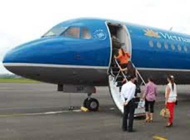 Hà Nội cấm lãnh đạo đi nước ngoài bằng tiền doanh nghiệp