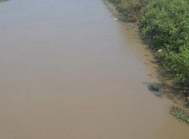 Thi thể vợ Phó Chánh án tòa án Hải Phòng nổi trên sông