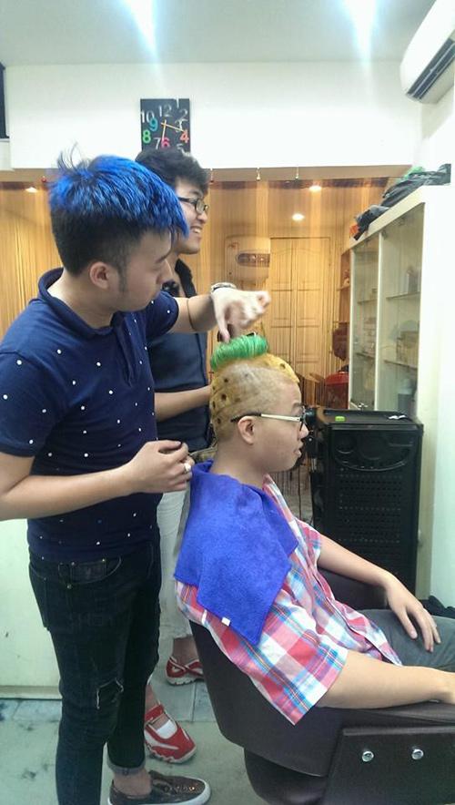 """Những kiểu tóc """"không giống ai"""" của giới trẻ Việt - 2"""