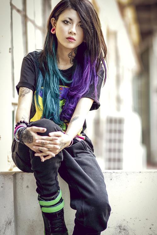 """Những kiểu tóc """"không giống ai"""" của giới trẻ Việt - 6"""