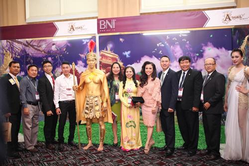 ma-dao-ngoc-bich-306-5-xahoi.com.vn-1435645004