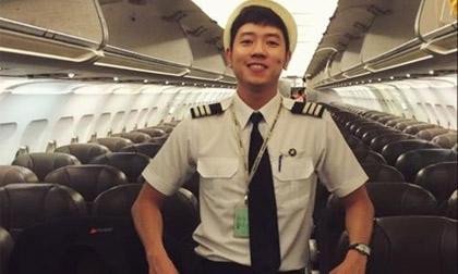 Điên đảo trước vẻ đẹp trai của cơ trưởng trẻ nhất Việt Nam
