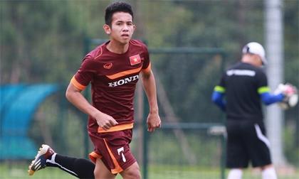 Hồng Duy trở lại tập cùng U23 Việt Nam