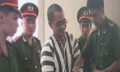 Nụ cười 'lạnh gáy' của hai tử tù trước giờ thi hành án